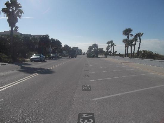 Sabal Palms Inn: le remlais devant l'hotel