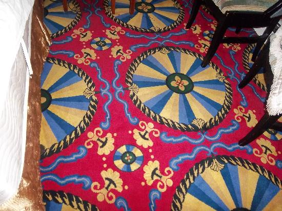The Catskill Motel : carpet