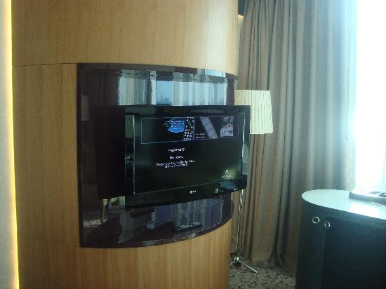 DoubleTree by Hilton Istanbul - Moda: lcd tv