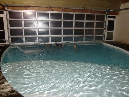 Lagrange Confort+ Residence les Pics d'Aran : Piscina cubierta