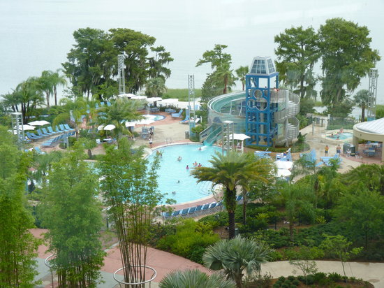 ‪‪Bay Lake Tower at Disney's Contemporary Resort‬: La piscine‬