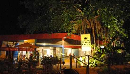 La Oveja Negra Hostel and Surf Camp: The hostel