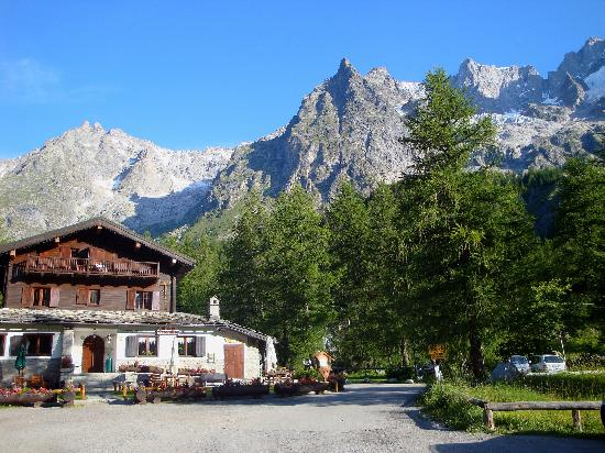 Photo of Hotel Miravalle Courmayeur