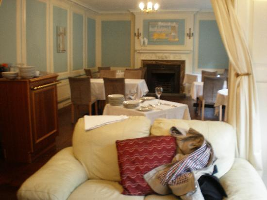 East Cliff Cottage Hotel : DINING & BREAKFAST ROOM