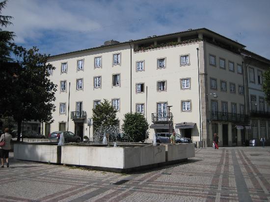 Hotel Dona Sofia: Hotel from the squre