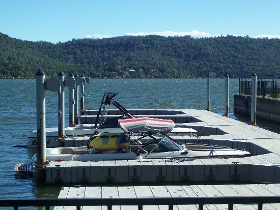 Clear Lake Cottages & Marina: Marina