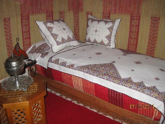 Riad Atika Meknes: habitación