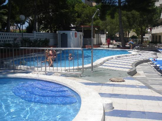 Ohtels Playa de Oro: piscina