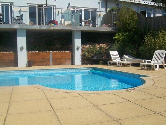 Goodrington Lodge Luxury Apartments: The lovely pool area
