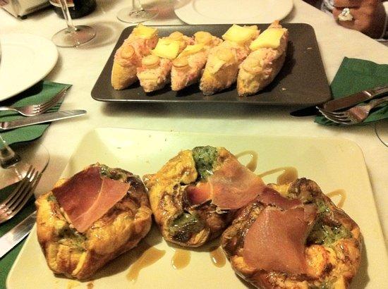 La Ermita Tapas Bar: hojaldres y montaditos de cangrejo