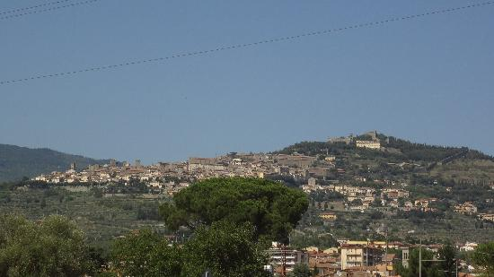 Bar 500: Cortona on the hilltop