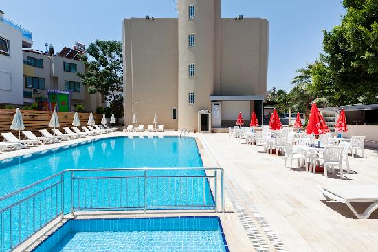 Seven Stars Exclusive Hotel : Swimmingpool