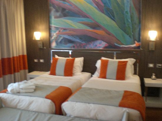 Ramada Plaza Milano: regular guest room