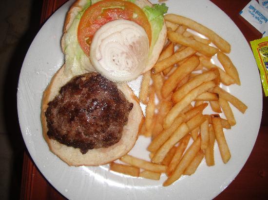 The Royal Suites Turquesa by Palladium: Room Service Burger-Beware!