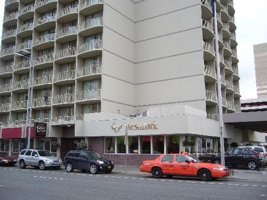 Westmark Anchorage: Exterior view of hotel