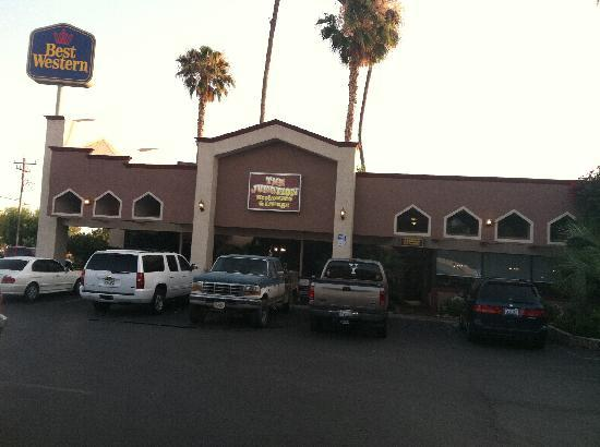Red Lion Hotel Bakersfield : Best Western