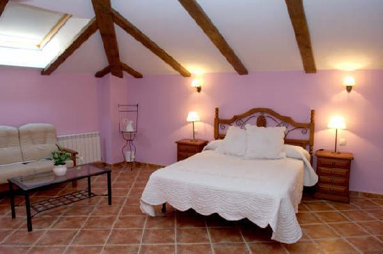 Casa Rural Casa Blas: habitacion con jacussi
