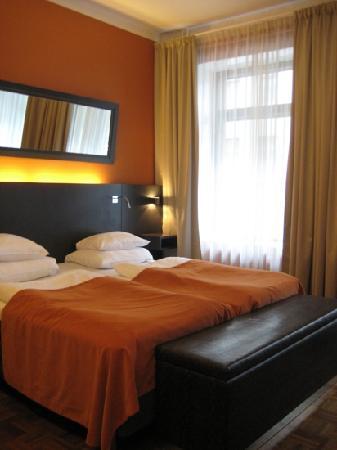 Solo Sokos Hotel Torni : モダンとクラシックタイプの部屋を選ぶことができました。この写真はモダンスタイルです。