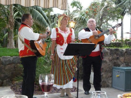 Hotel Tigaiga: Mehrmals pro Woche unterhalten Musikkünstler ab 20 Uhr die Hotelgäste.