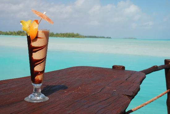 Aitutaki Lagoon Resort & Spa: Perfect spot for a cocktail at the Beach Bar