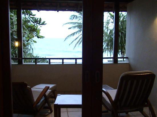 Saman Villas : you can see  ocean from your bed