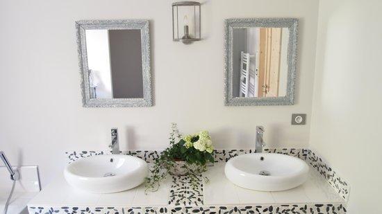 Le Touquet, Frankreich: Chambre Ambiance Boudoir salle de bains