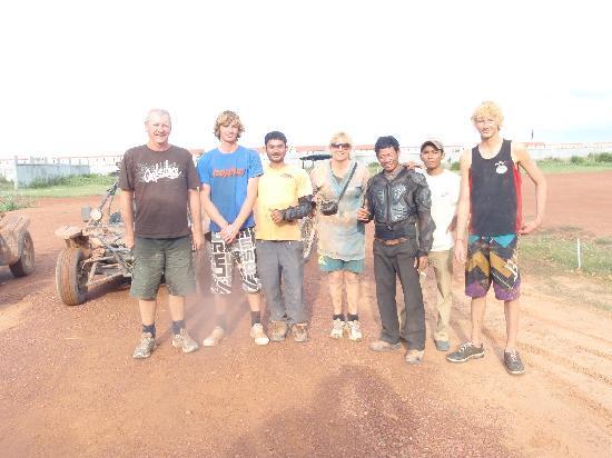 Flomo Adventure Tours : The crew
