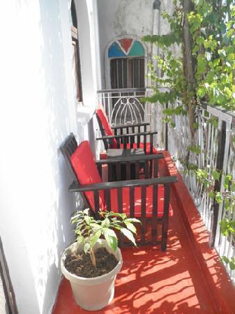 Warere Town House: Balcony