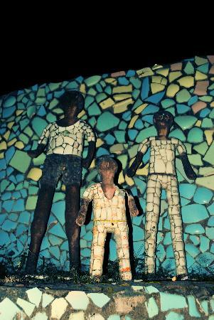 Chandigarh, India: Colourful figures of rock