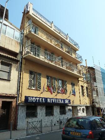 Hotel Riviera : von Aussen