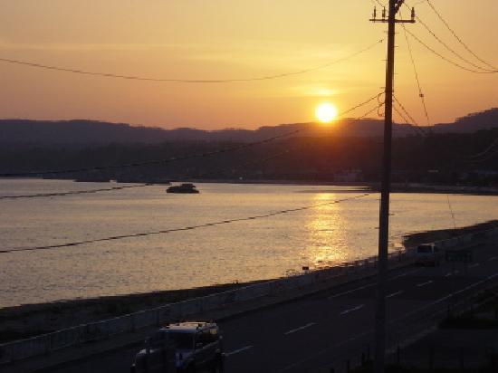 Urashima : 客室から見える夕日