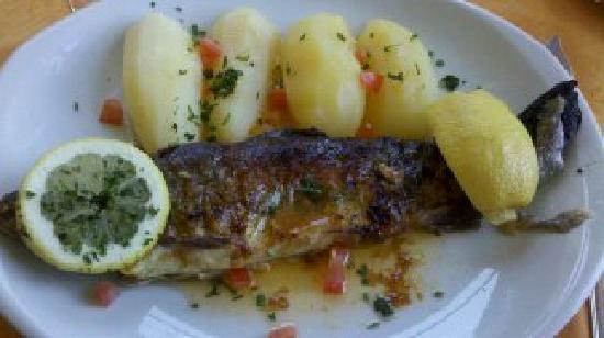 Grand Hôtel Bain : plat poisson