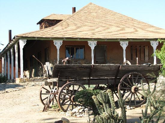 Meling Ranch: The old house