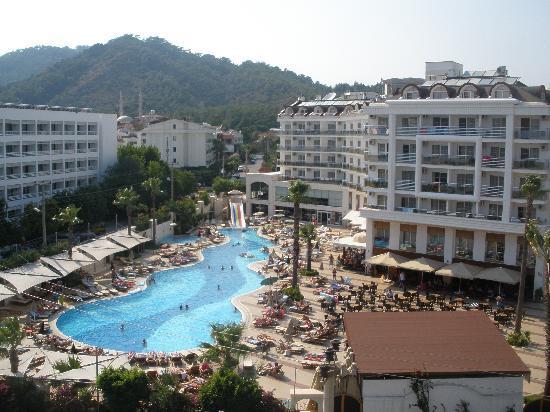 Kayamaris Hotel : our room view