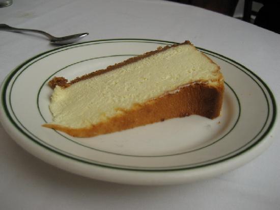 Ben Benson's Steak House: Cheesecake