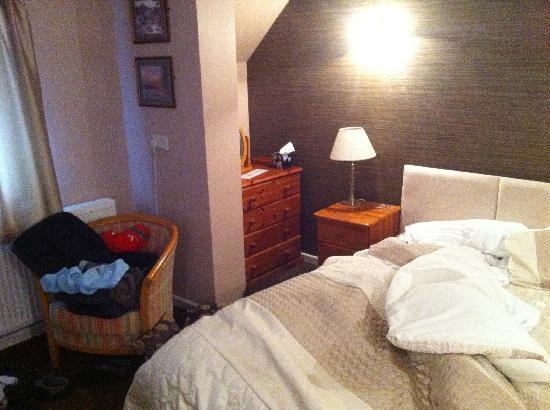 Abercrave Inn: Bedroom in room 1