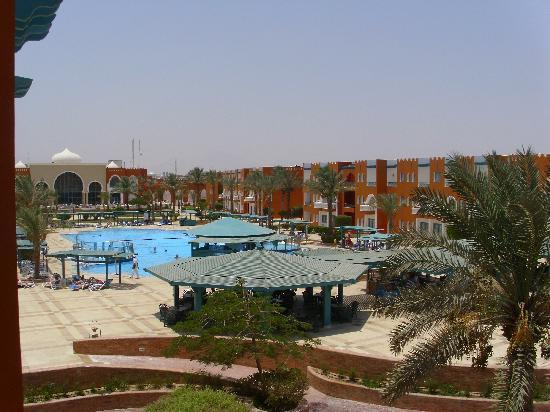 SUNRISE Garden Beach Resort -Select- : View from room