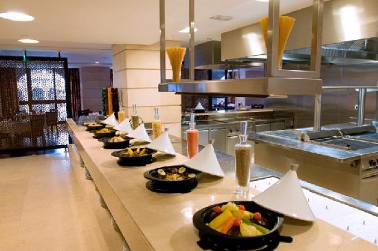 Shaza Al Madina : Arabesque All Day Dining Restaurant