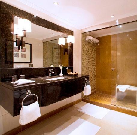 Shaza Al Madina : Bath Room