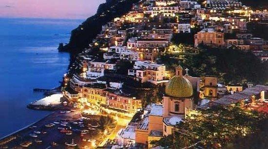 Astarita Car Service Sorrento: Positano by night