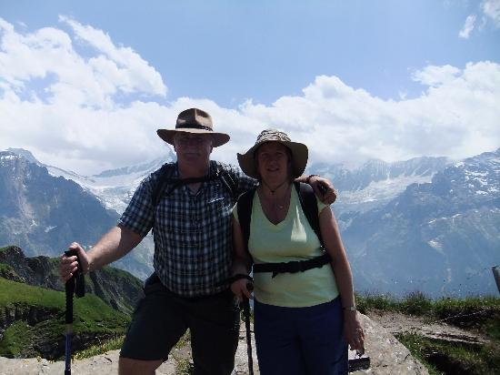 Hotel Chalet Swiss: Renee suggested a walk in the mountains.