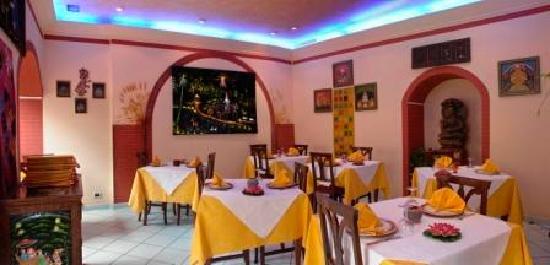Arredamento originale indiano foto di ristorante indiano for Arredamento indiano