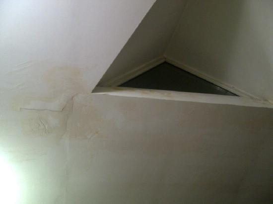 Hotel Sisli: ceiling