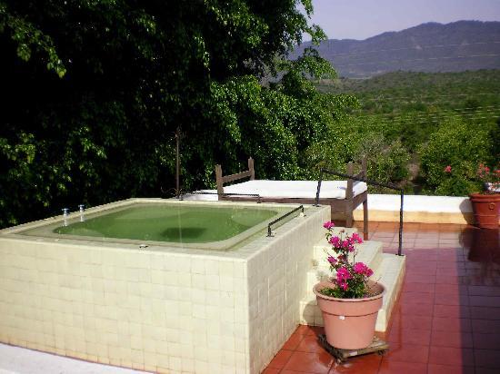 Hacienda Las Limas: hot tub