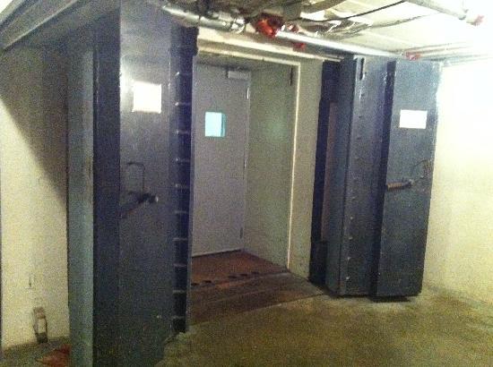 Diefenbunker: Canada's Cold War Museum: L'entrée du bunker