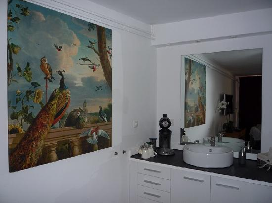 Bed & Breakfast Adriaen van Ostade: Top room: sink, fridge, tea/coffee machine