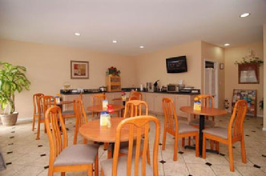 BEST WESTERN Lake Conroe Inn : Breakfast Room