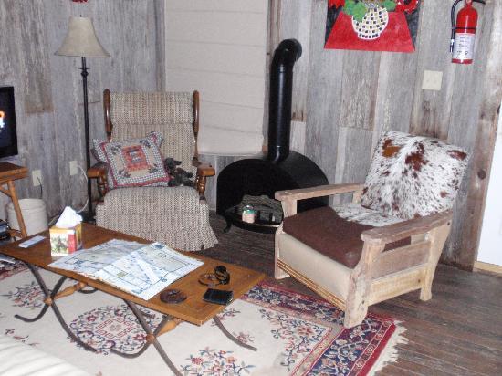Buffalo Creek Ranch Cottages: Settler's Cabin