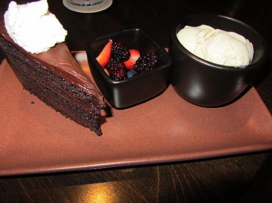 Japengo: KONA COFFEE CHOCOLATE GANACHE CAKE
