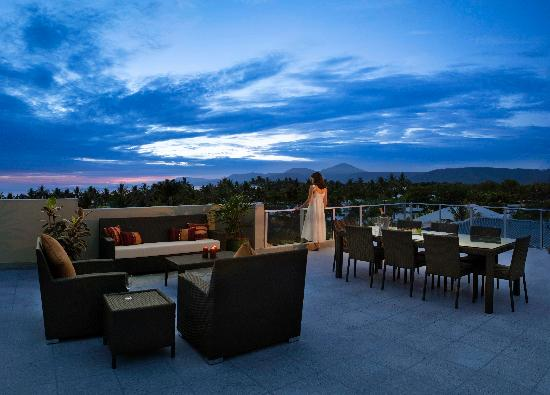 Coconut Grove Apartments : Penthouse Roof Terrace